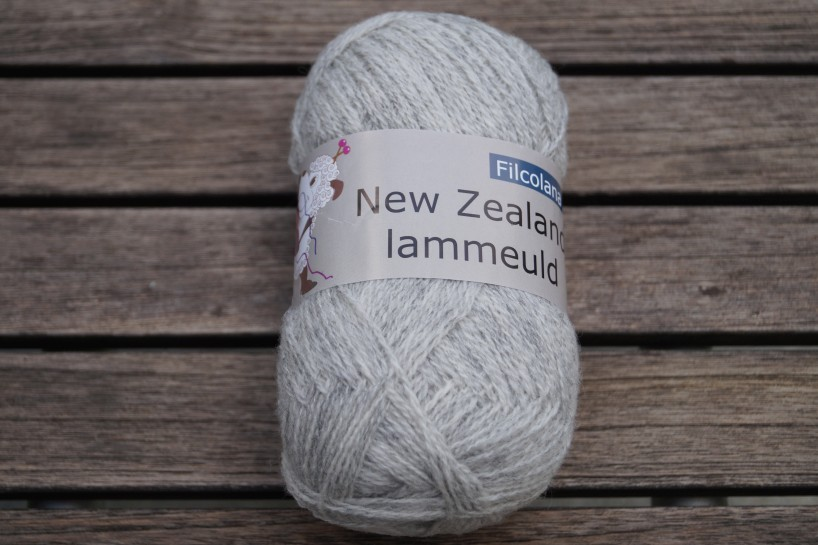 NZ Lammeuld Hellgrau